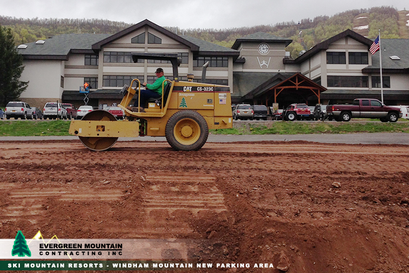 ski-mountain-resorts-windham-mountain-parking-area_-evergreen-mountain-contracting-new_-york_-petosa-rollerdirt