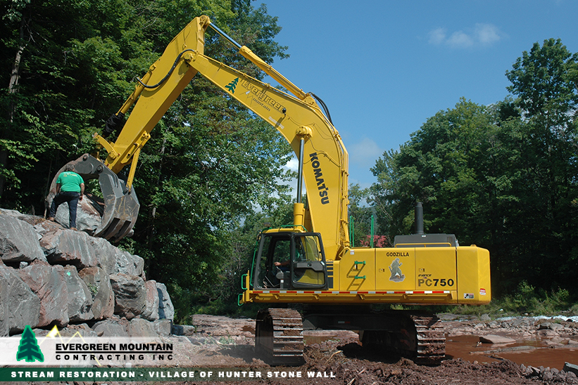 stream-restoration-village-of_-hunter-stone_-wall_-evergreen-mountain-contracting-new_-york_-petosa-moverocks