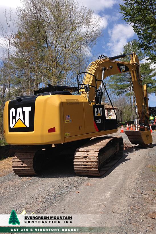 equipment-evergreen-mountain-contracting-new_-york_-petosa-cat316evibertorybucket